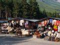 Рынок у подножия горы Чегет
