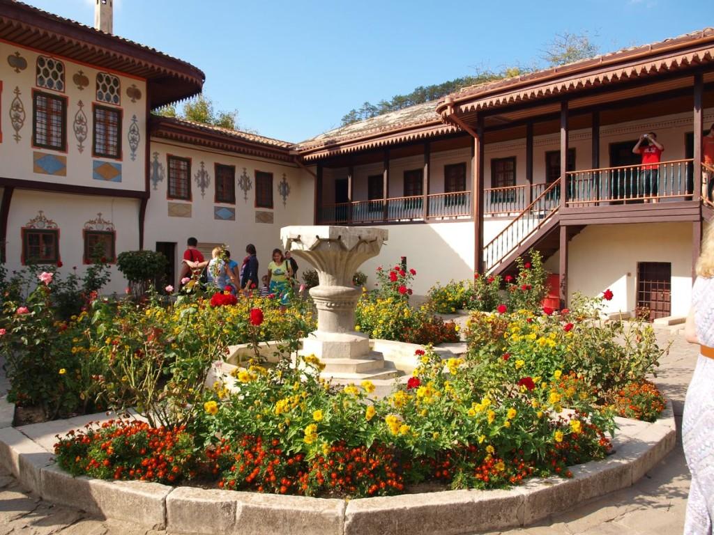 Внутренний двор ханского дворца